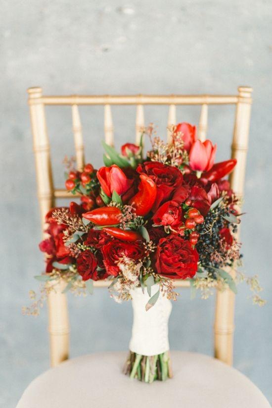 Mazzo Di Fiori Con Peperoncini.Idee Per Il Bouquet Da Sposa 2019 Vita Fiorelli Wedding Planner